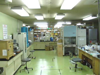 救急薬品 健康食品 医薬品 共立薬品工業株式会社/実験室